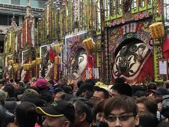 三峽祖師廟神豬祭熱鬧展開  天公作美吸引爆滿人潮