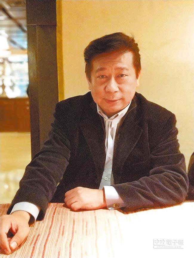 陸委會前副主委張顯耀接受本報專訪,分析今年兩岸情勢。(記者陳君碩攝)