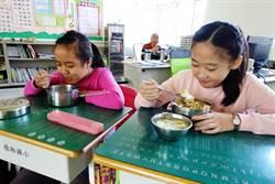 雲林國中小營養午餐  縣府加菜每月150元  校長:太棒啦!