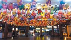 學童揮毫做花燈 土城三元宮展出