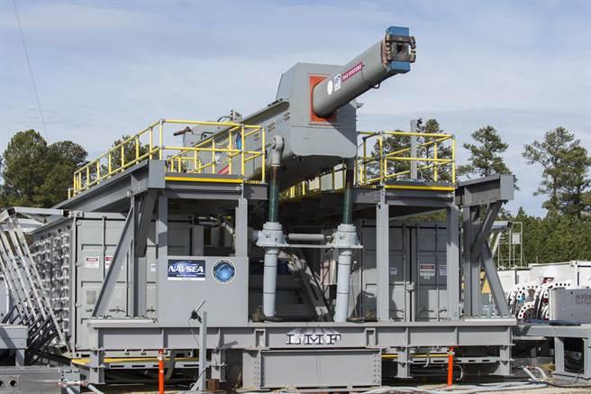 美國海軍研發辦公室所資助設計的電磁砲。(圖/美國海軍)