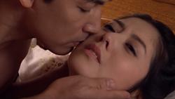 韓瑜裸身被硬上 近千萬觀看「老外都驚艷」