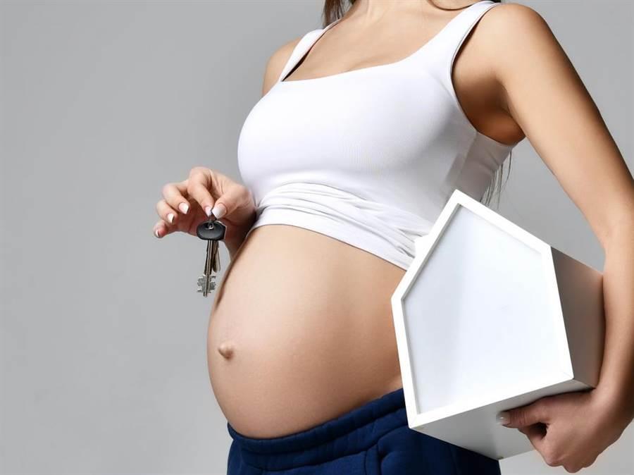女友懷孕談結婚,科技男被女方家長種種要求逼到嘆「累了」。(達志影像/shutterstock提供)