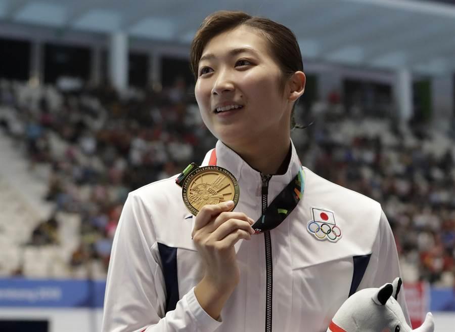 年僅18歲的日本游泳女將池江璃花子,在運動生涯起飛的時刻,驚傳罹患白血病,要先把奧運夢放一旁,專心治療。(資料照/美聯社)