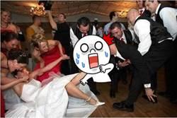 波蘭傳統驚世駭俗 婚禮上用「嘴」這樣做