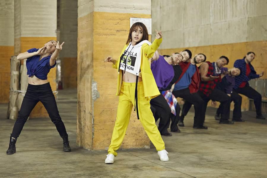 蔡依林日前拍攝〈玫瑰少年〉舞蹈版MV。(索尼音樂提供)