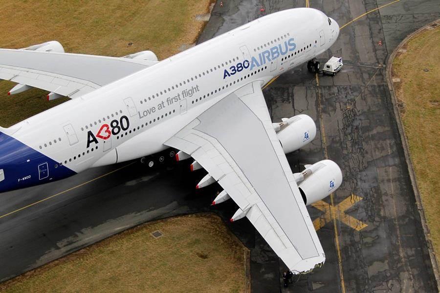 空中巴士宣布,自2021年起停產A380客機機型。(圖/路透社)