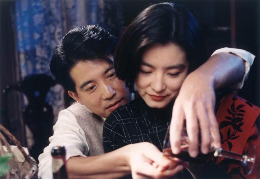 飾演章能才的秦漢(左)與飾演沈韶華的林青霞戲裡戲外都是才子佳人。(甲上提供)