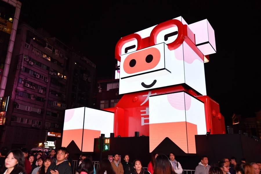 台北燈節主燈豬寶。(觀傳局提供)