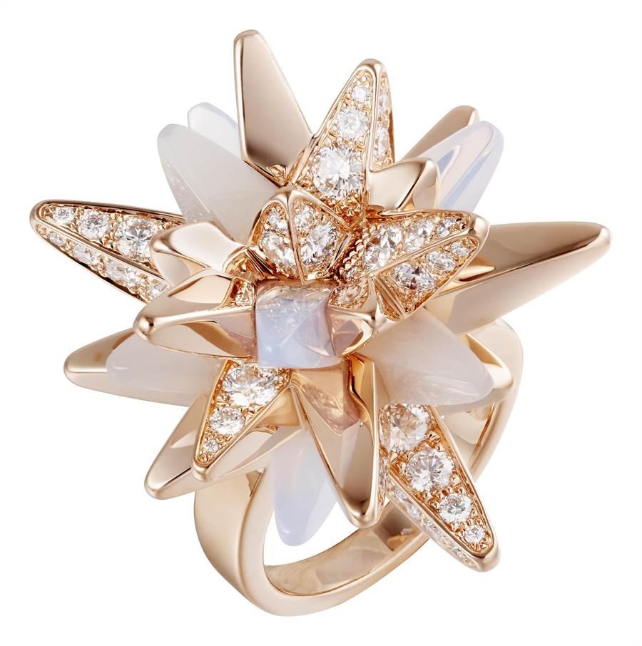 卡地亞GalaxiesdeCartier珠寶的Meteorites戒指,125萬元。(Cartier提供)