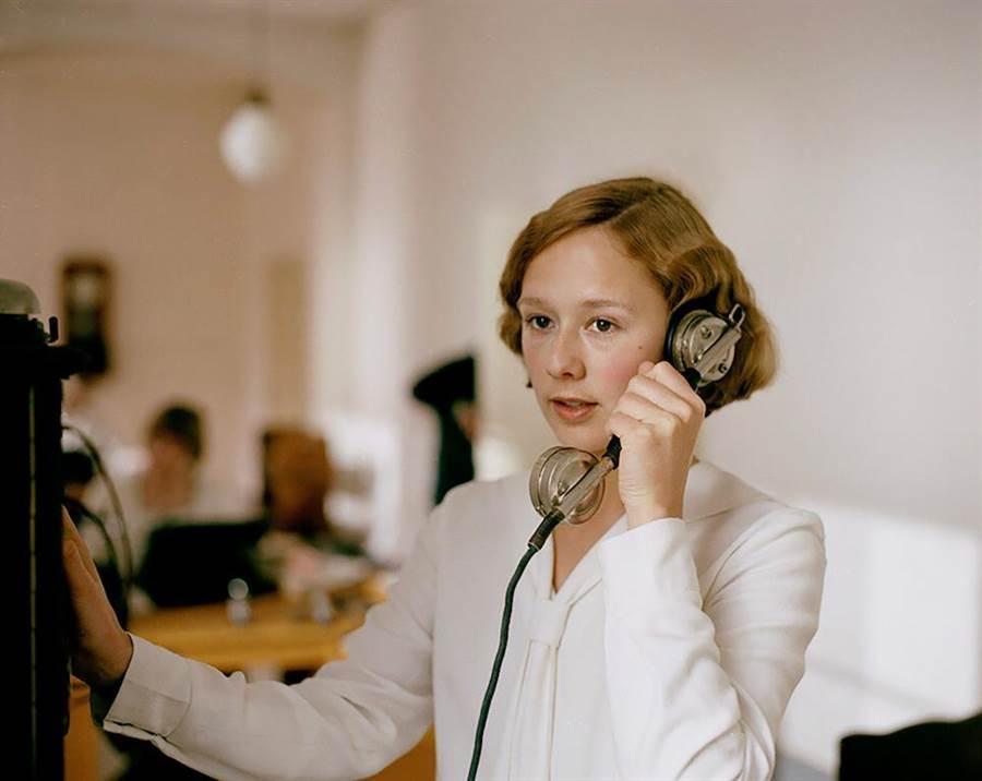 柏林影展歐洲璀璨之星艾芭奧古斯特飾演女主角。(捷傑電影提供)