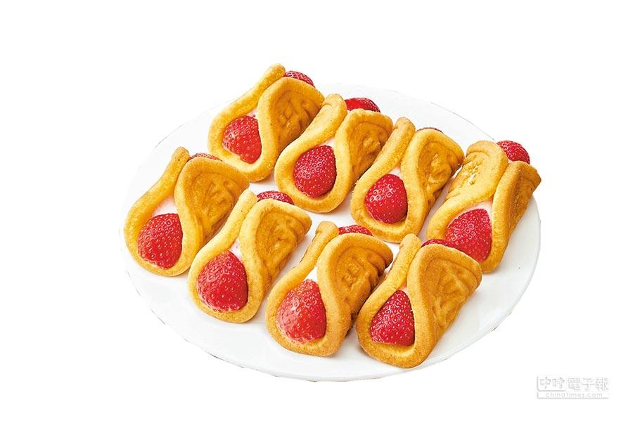 全聯We Sweet預購商品「草莓鮮果瓦芙燒」,使用北海道生乳,佐當季草莓入餡,35g x 8入,每盒248元。(全聯提供)