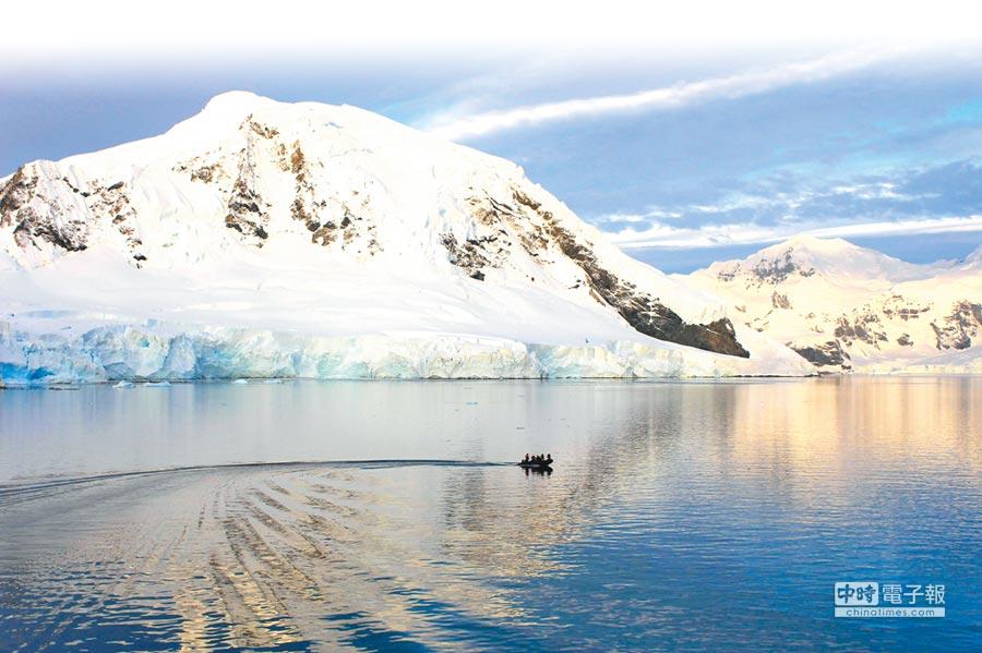 隨著大陸南極遊興起,愈來愈多陸客到這過春節。(新華社資料照片)