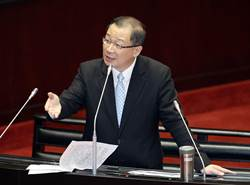 華航罷工事件  張景森在立法院被掃到颱風尾