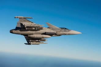 瑞典放話秒殺蘇愷戰機 只因3年前獅鷲完勝殲11