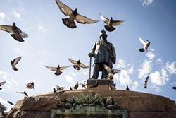 南非白人銅像爭議