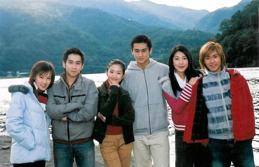 經典青春偶像劇《我的秘密花園》演員群。(圖/本報系資料照)