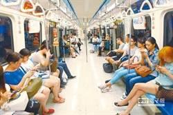 外國人驚呆了!韓國歐巴初體驗台灣捷運 大讚這5特色