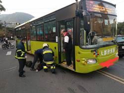 文化大學外驚傳公車撞人 女大生開學遇死劫