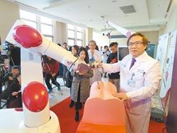 腰椎手術 機器人精準協力完成