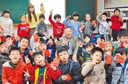 賴峰偉晨間伴讀 打造書香校園