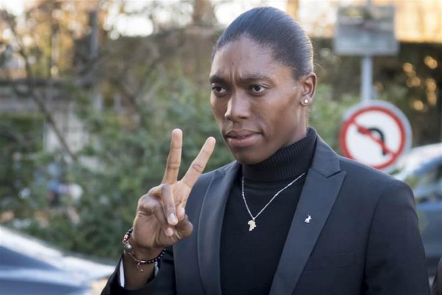 南非田徑女將瑟夢雅出席聽證會。(美聯社資料照)