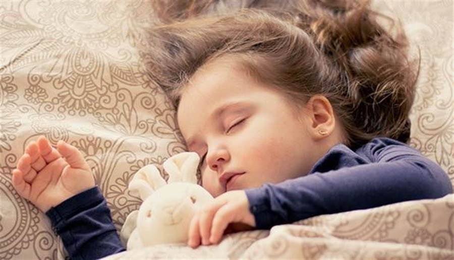 睡眠示意圖。(圖/pixabay)