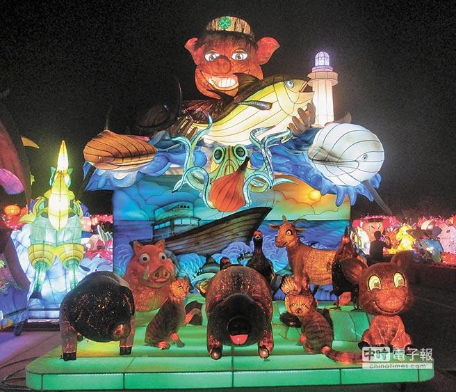 新竹監獄參加在屏東縣舉行的2019台灣燈會,以「減塑救地球,永續海洋」的減塑環保主題花燈,奪得特優榮耀。(陳育賢翻攝)
