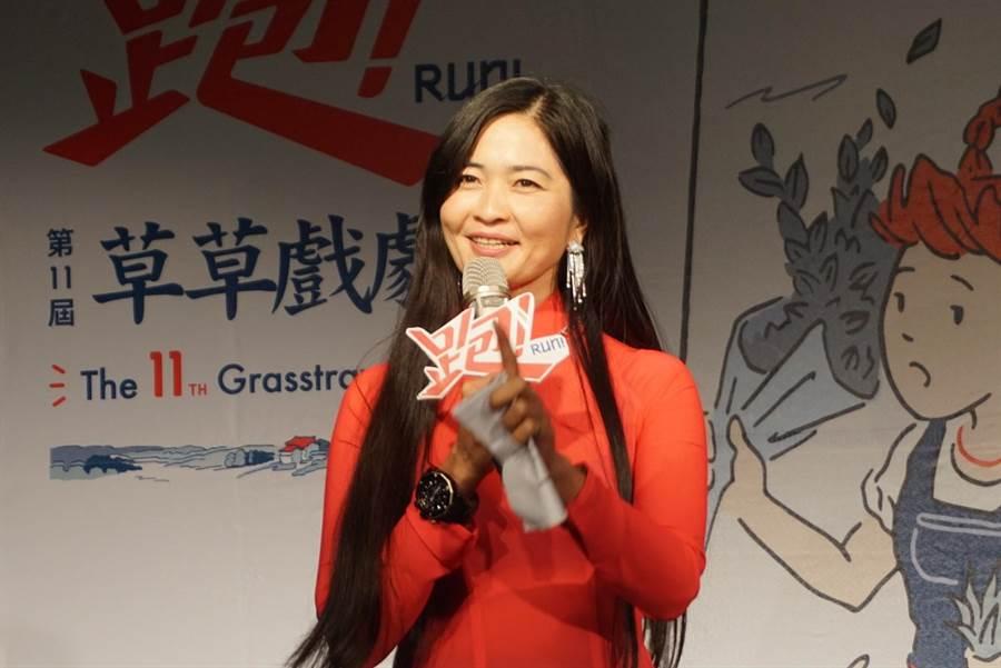 來自越南的導演阮金紅,今年首度為嘉義大型民間藝術節「草草戲劇節」策展,要讓台灣人更了解新住民。(李欣恬攝)