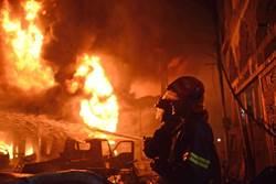 影》死亡烈焰狂燒舊城區!至少70喪命
