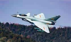 影》向印度狂推F16新版F21 洛馬宣傳片模擬擊落殲10