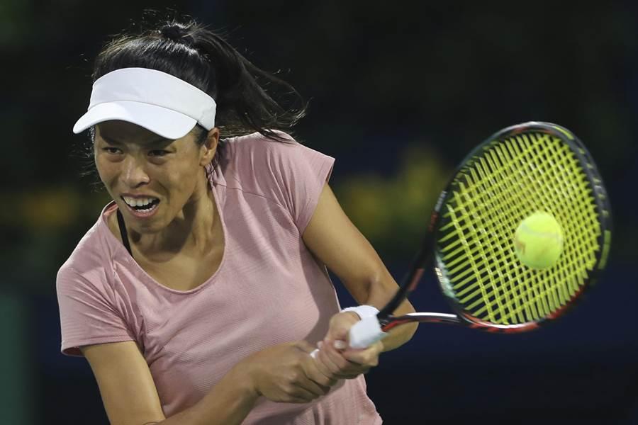 謝淑薇在摩洛哥拉巴特女網賽第二輪逆轉勝,晉級八強。(資料照/美聯社)