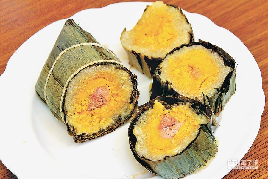 越南過年的滋味是粽子。(記者王曉鈴攝)