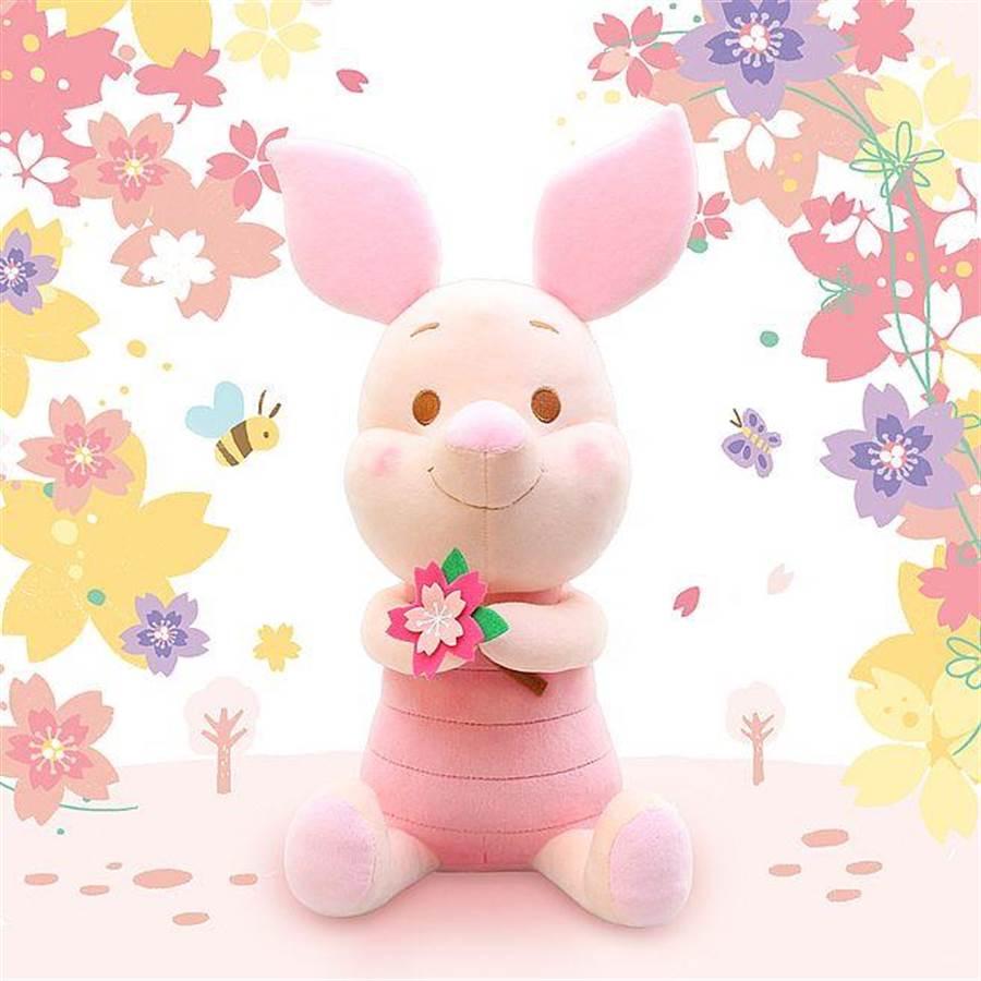 櫻花季限定版小豬絨毛玩偶。(台灣華特迪士尼提供)
