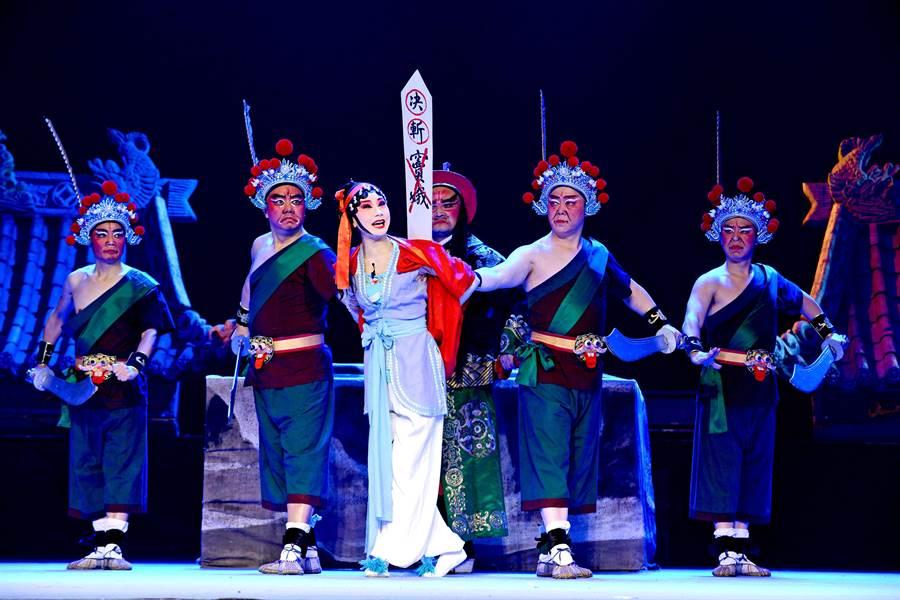 川劇《六月雪》表現竇娥冤故事,是劉誼的拿手戲之一。(四川省川劇院提供)