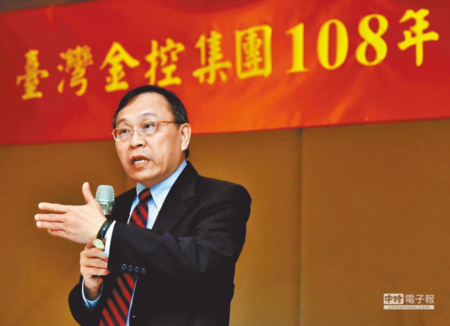 台銀董事長呂桔誠表示,繼去年成功達成「三千金」後,今年目標是要創造「四千金」,新增住宅貸款千億元的目標。(顏謙隆攝)