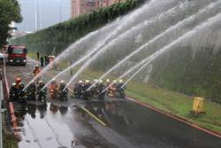新北長距離送水演練  提升火災搶救效能