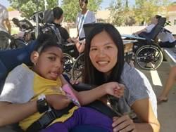 青年送愛到以色列 孩童笑容是最好回饋