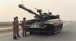 維妙維肖 大陸用4輪車偽裝成俄國T90戰車
