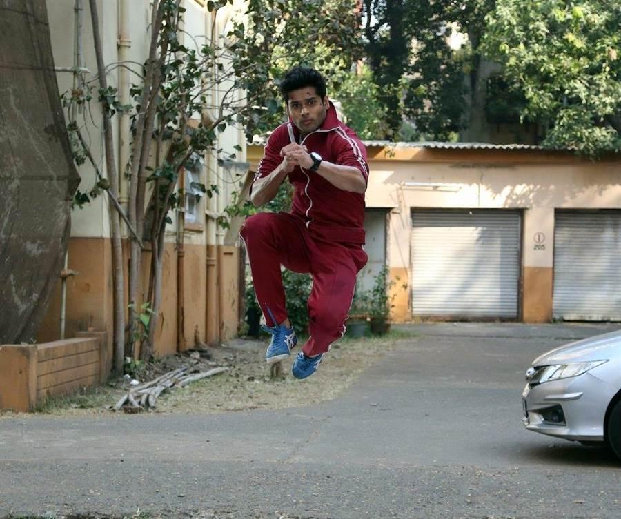《跳痛先生》男主角阿希馬努達西尼。華映提供