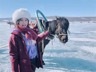 熊熊蒙古草原騎駱駝、睡蒙古包 驚嘆:不修圖的美景長這樣!