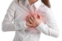 五十世代肩痛別輕忽 醫師警告:恐是心臟在求救