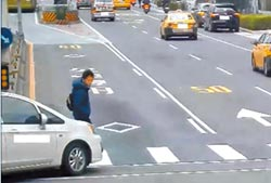 轉彎車碰撞行人奪命 左轉居多