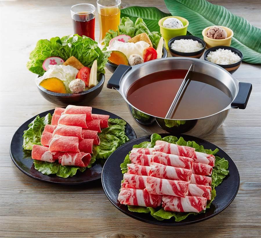 「粉享吃鍋」的兩棲海陸雙人鴛鴦鍋,訂價598元。(圖/業者提供)