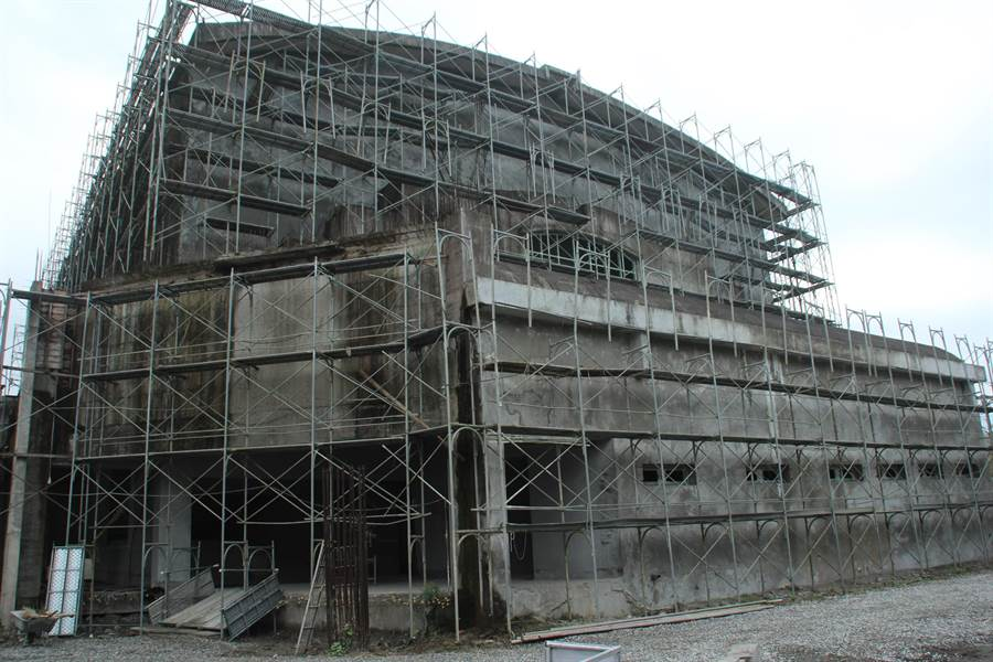 國立東華大學藝術學院的核心建築,高規格演藝廳。(張祈攝)