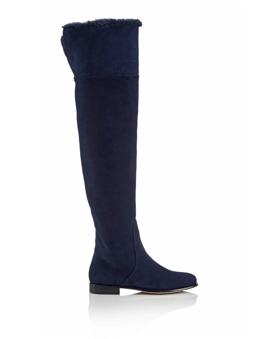 OnTheList快閃折扣活動JIMMY CHOO的MARSHALL FLAT長靴原價6萬6800元,折扣後1萬3360元。(OnTheList提供