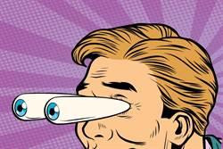 男喝到斷片「眼球」甩出來!醫曝這事也要小心