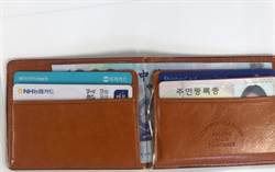 韓國女大生來台掉皮夾 警跨海找到她寄還