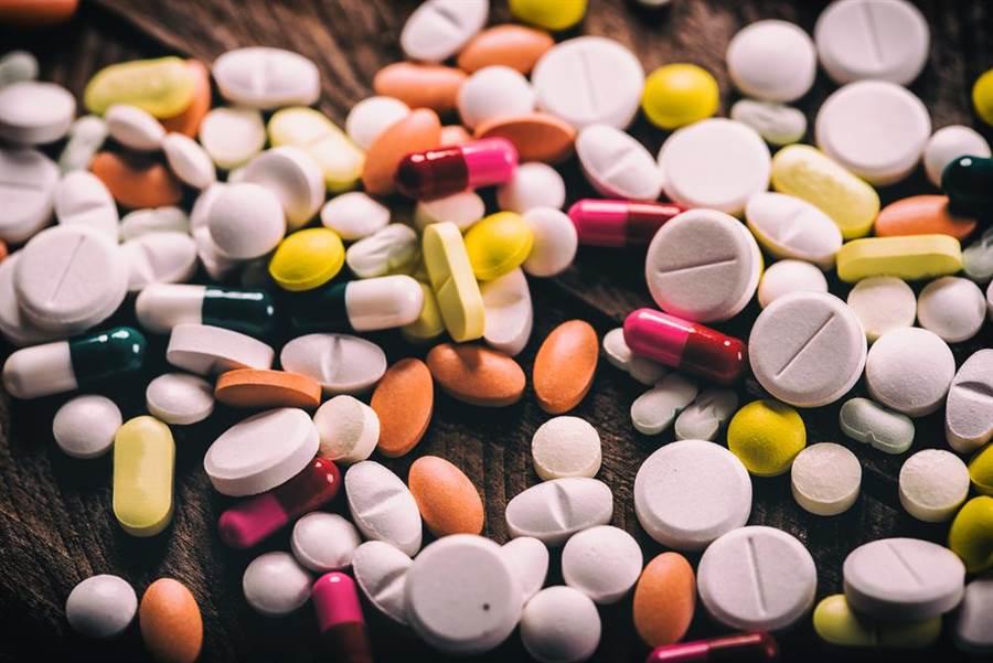 高達5成6的糖尿病患有按時用藥會導致洗腎迷思。(圖/達志影像)