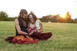 鬍子哥懷胎十月生寶寶!「父子均安」溫馨照曝光